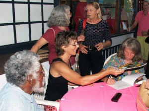 2007-launch-signing-1
